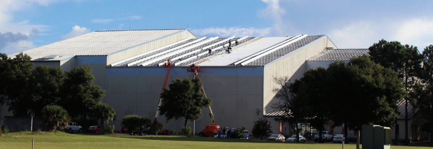 Southwest Airlines aircraft hangar roof in progress