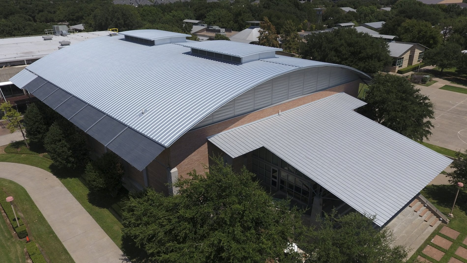 greenhill-school-238T-symmetrical-standing-seam