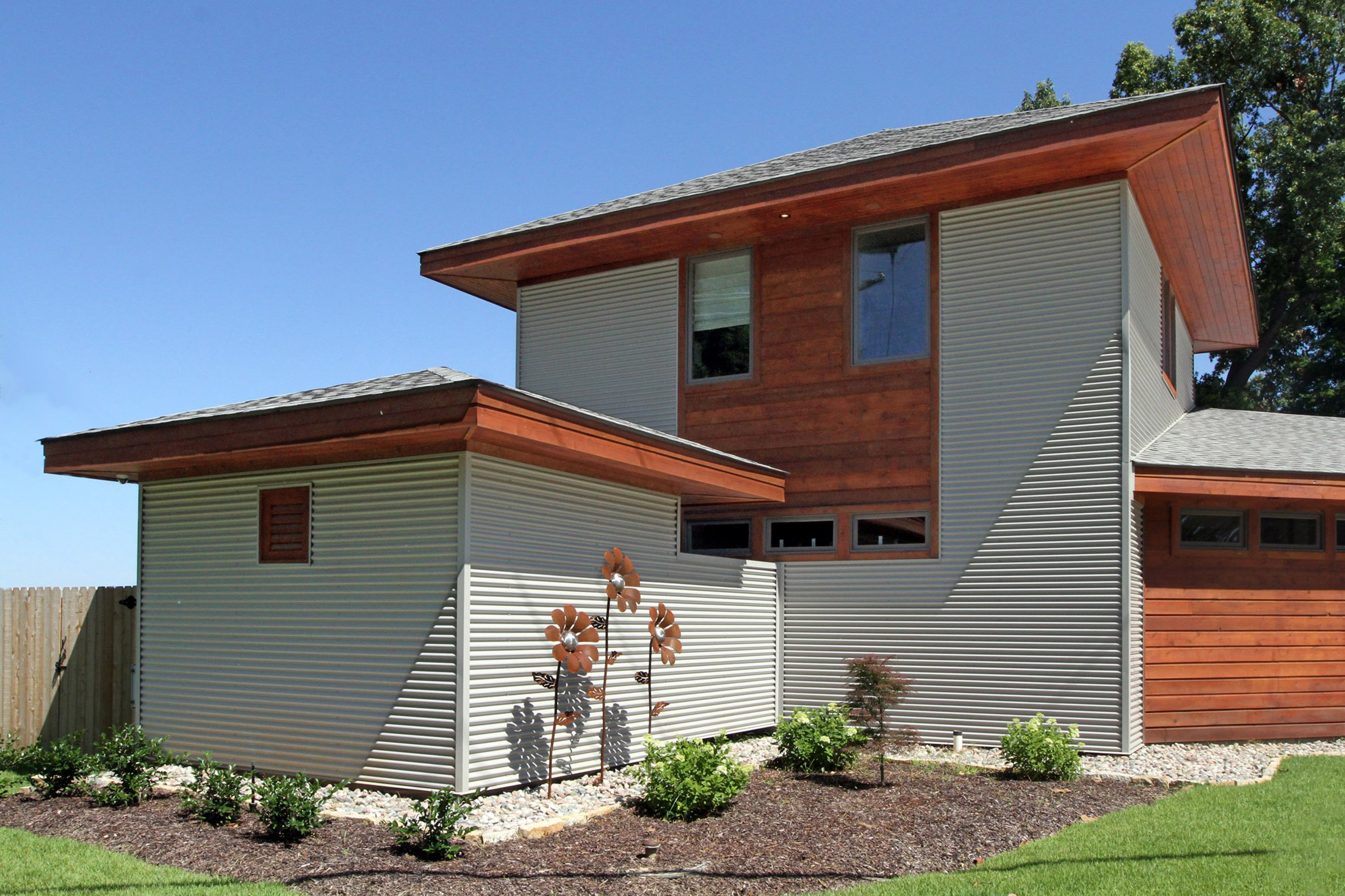 Metal Wall Panels: A Versatile Option for Residential Home Design