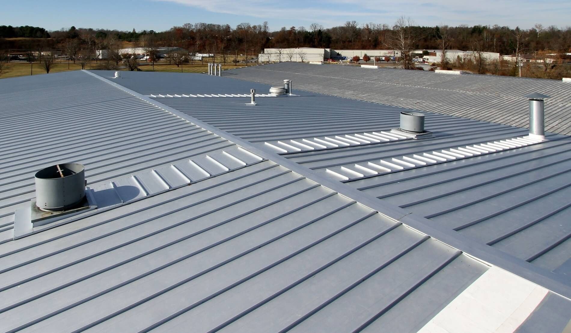 Roof Recover: Advantages of Metal Systems